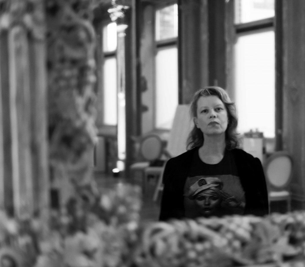 Author Kirsten Krauth, Almost a Mirror, Crystal Ballroom, Photo: Suzanne Phoenix